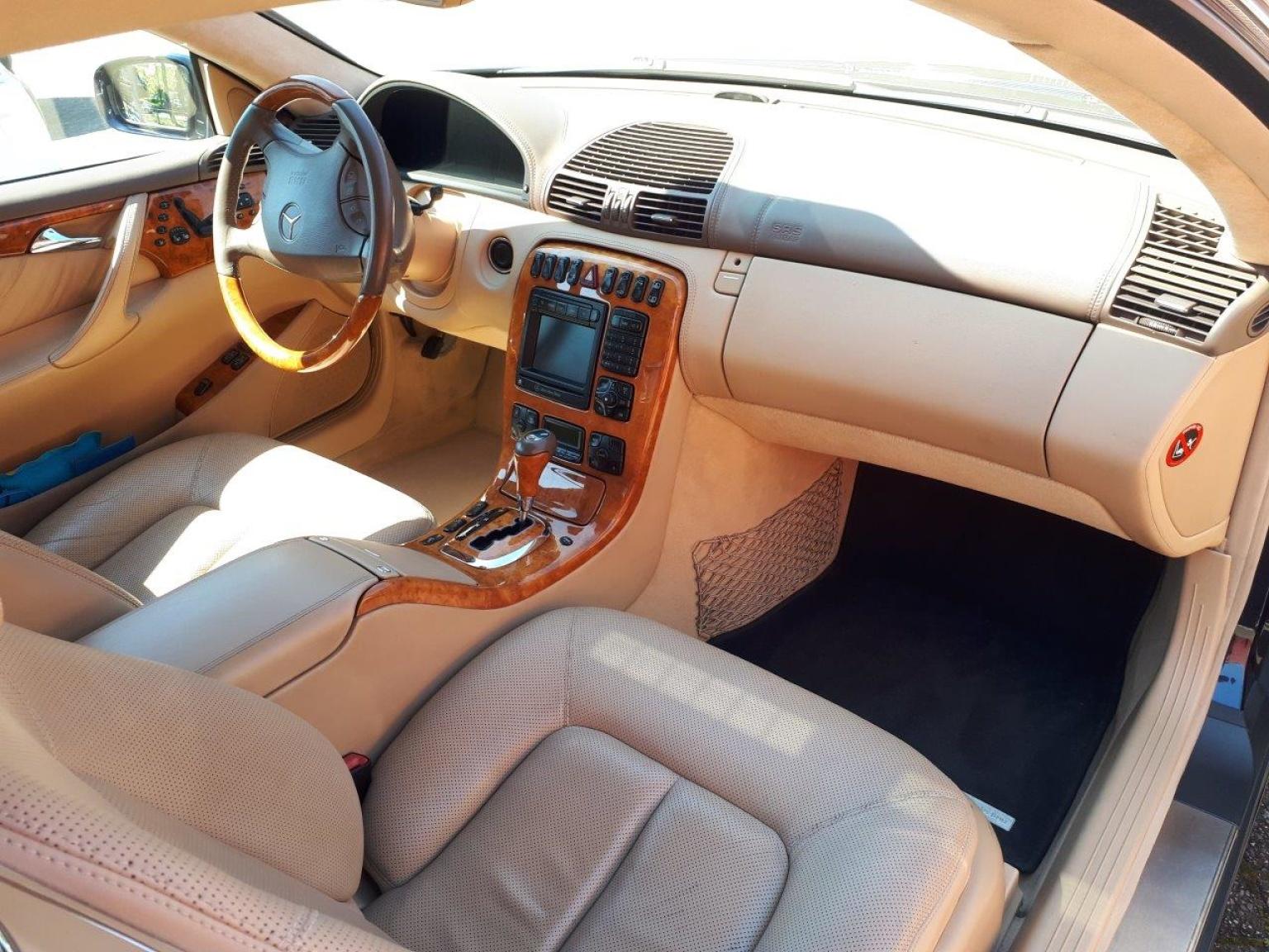 Mercedes-Benz-CL-Klasse-22