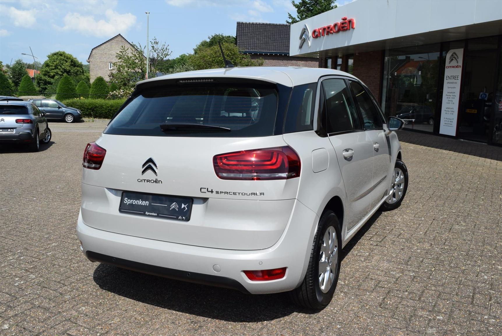 Citroën-C4 Spacetourer-1