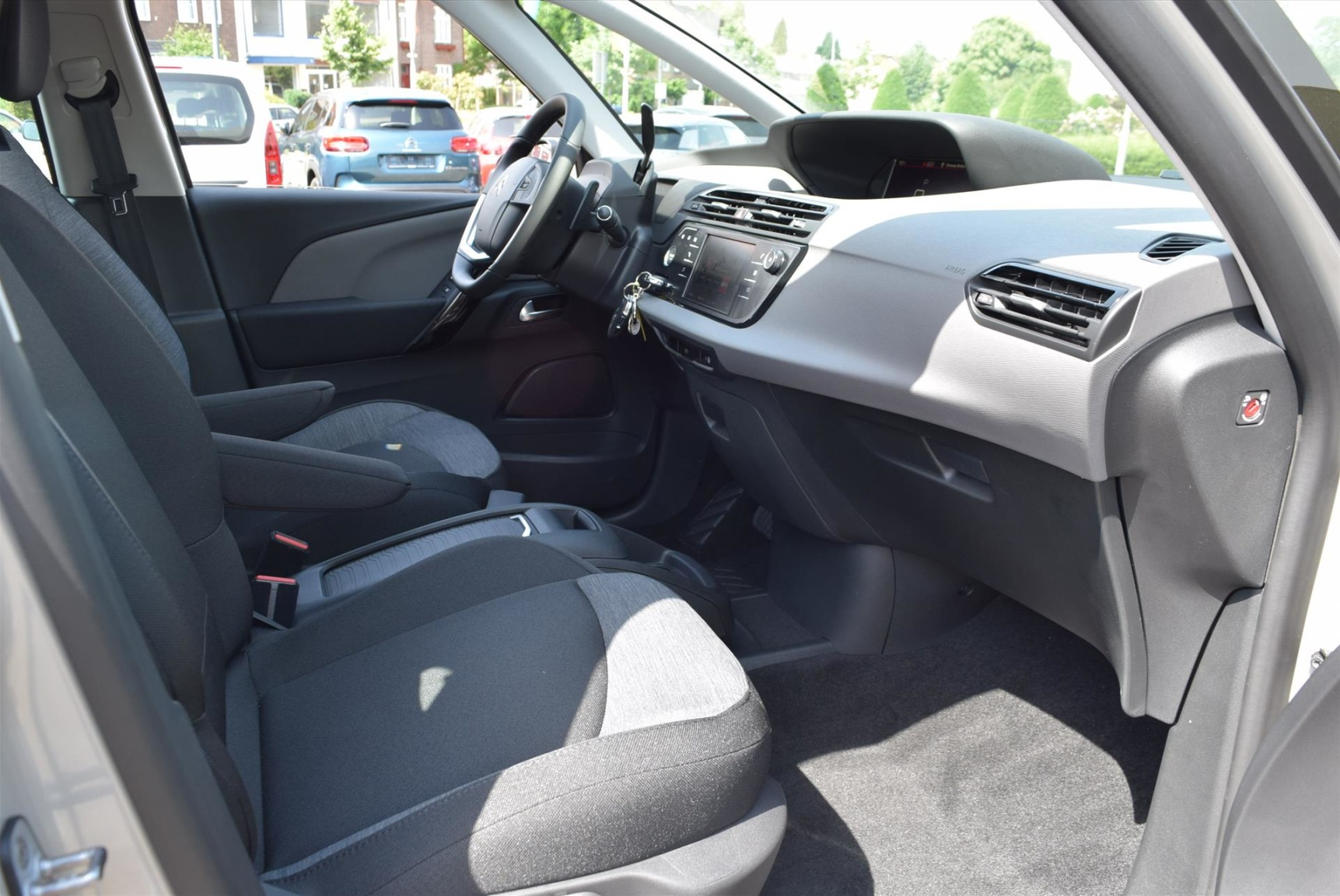 Citroën-C4 Spacetourer-16